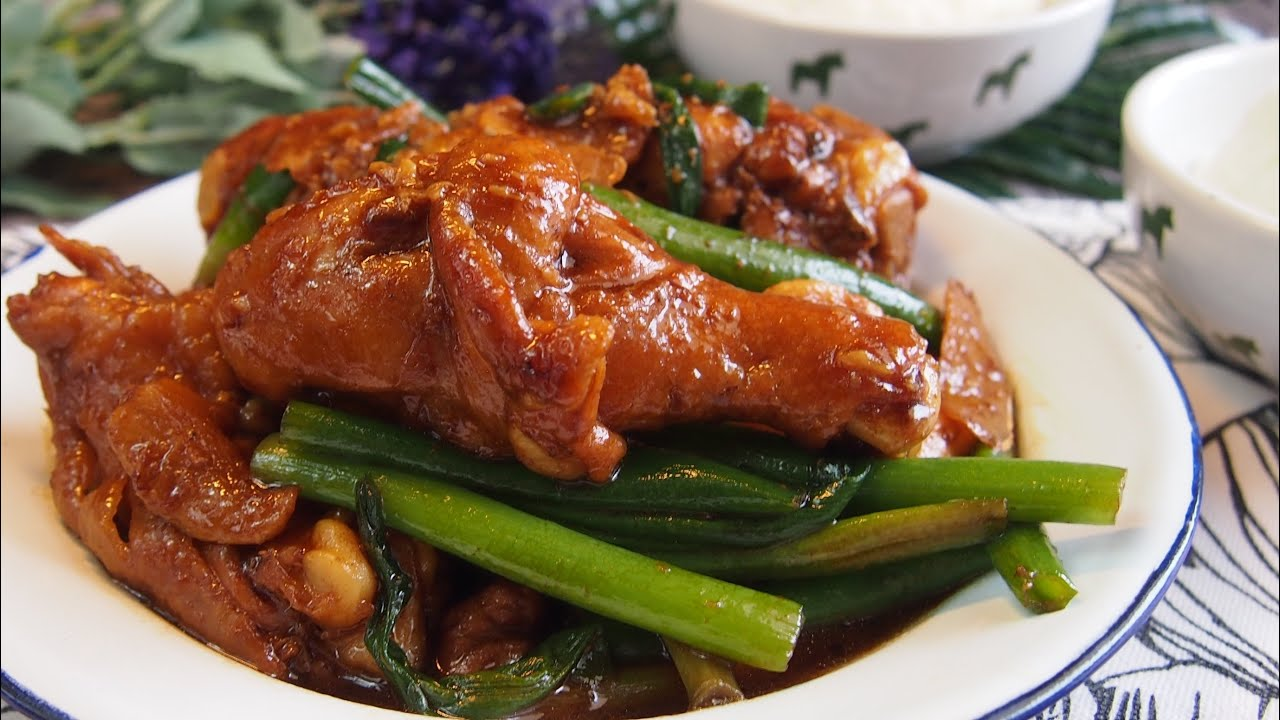 SUPER EASY Chinese Stir Fry Chicken w/ Ginger & Spring Onion